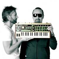 Babylonia släpper singel och spelar med Pet Shop Boys