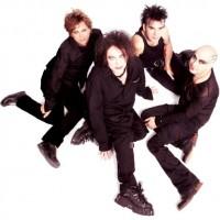 The Cure spelar första tre album live i Australien