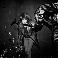 IAMX gör ytterligare singelsläpp – och sjunger på tyska!