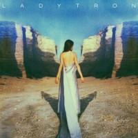 Ladytron introducerar album med ytterligare singelsläpp