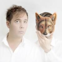 "Fox Hunting aptitretar med ""East and West"""