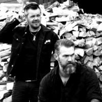 Pouppée Fabrikk-frontman debuterar med Angst