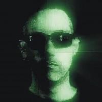 Soloprojekt från Halo Effect-sångare