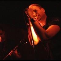 Nytt soloalbum från Atomzeros Andrew Hunter