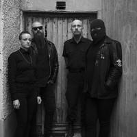 Alvar befodrar livemedlemmar inför nytt album