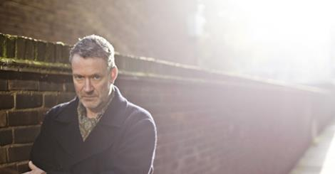"Blancmange presenterar ""Semi Detached"""